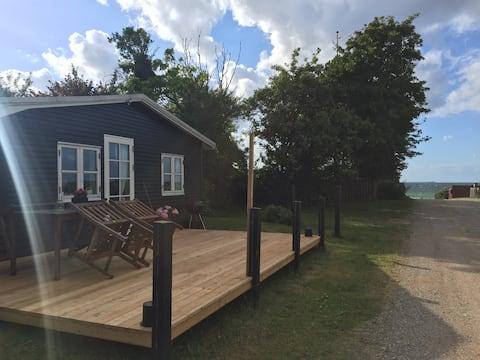 Unique summerhouse 50 m. from child-friendly beach