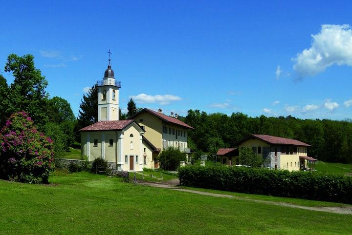 Cascina Incocco - an Historic Villa and Church B&B