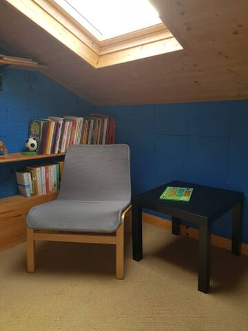 Chill out in the loft den area. The loft is accessed by fixed ladder style steps and is not suitable for children.
