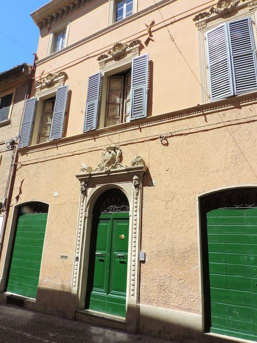 L'ingresso sul Corso di Ostra...