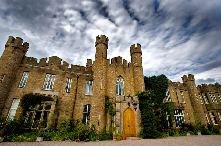 Live in an historic English Castle! - Cumbria
