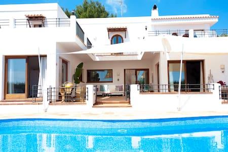 Double bed  villa in IBIZA room 3 - Sant Joan de Labritja - 别墅