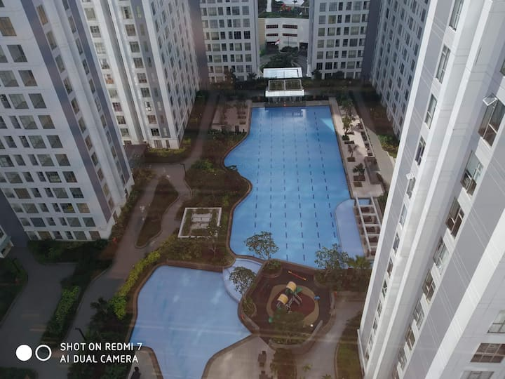 MTown Residence 3 bedroom Gading Serpong Pool View