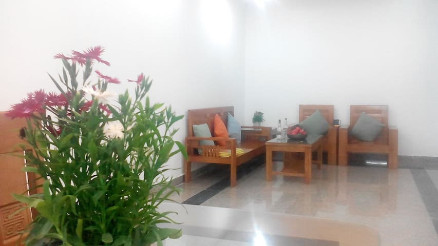 2 Wooden Bedrooms Tay Nguyen Plaza Cantho for Rent