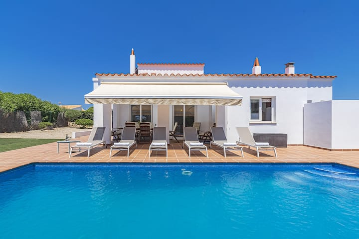 -%% Villa Astur ☀☀Charming Villa with private pool and garden