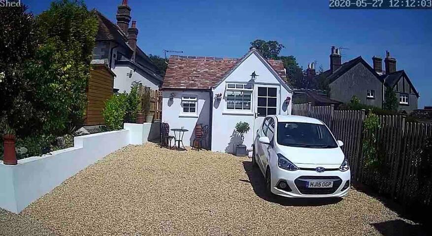 Ramblers Rest- Unique studio style cottage Dorset.