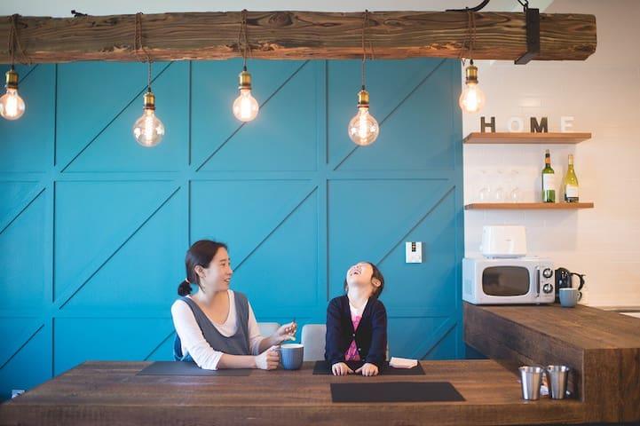 더루체앤하우스: 바다산전망.루프탑이 이쁜숙소, 바다전망 패밀리디럭스룸C (3~5인적합)