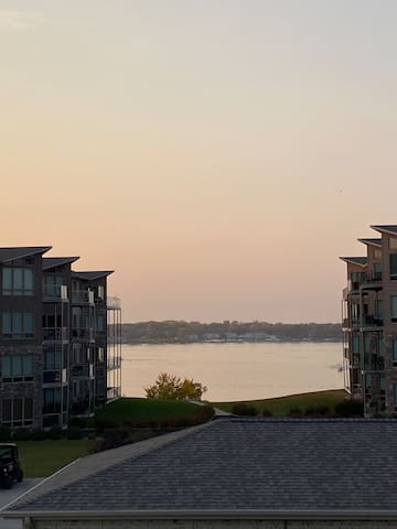 House with lake view at Bridges Bay Resort!