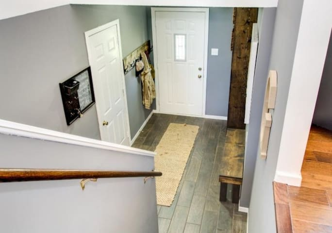 Split Entry-way