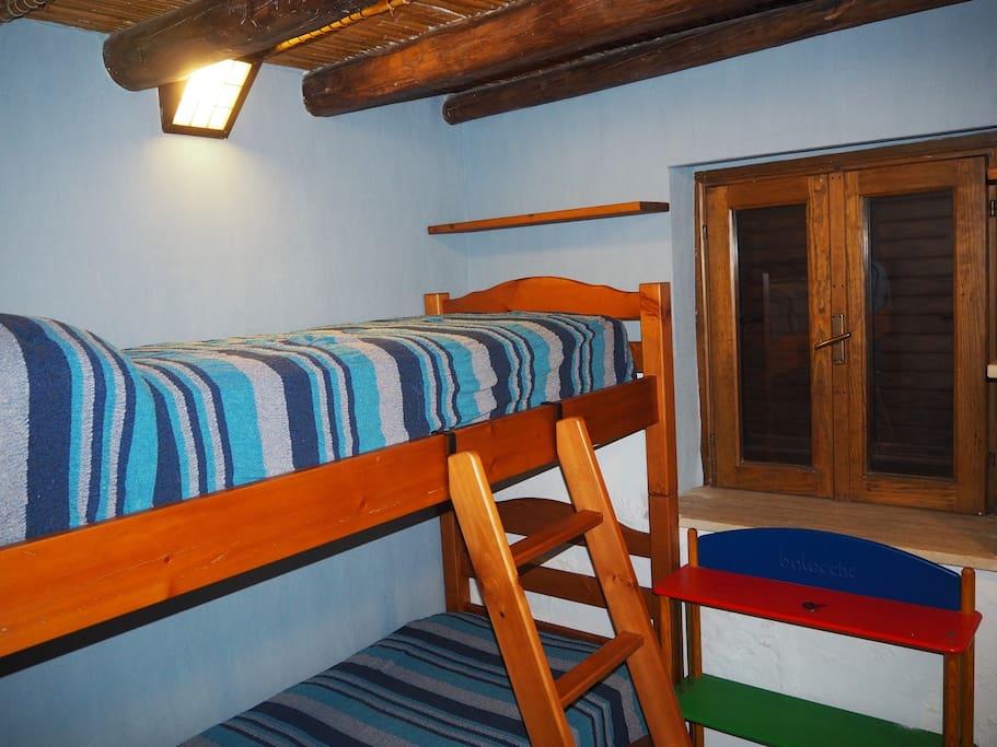 camera letto piano terra