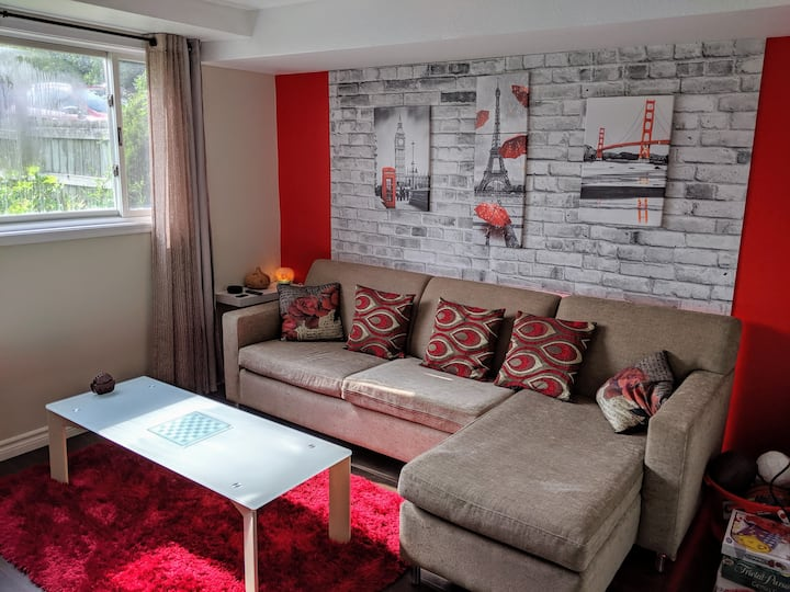 🔺⭐LITTLE RED GUESTHOUSE⭐🔺 12 mins from Falls