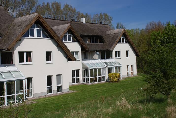 Göhren / Lobbe: Strandhaus Mönchgut, Wohnung 7