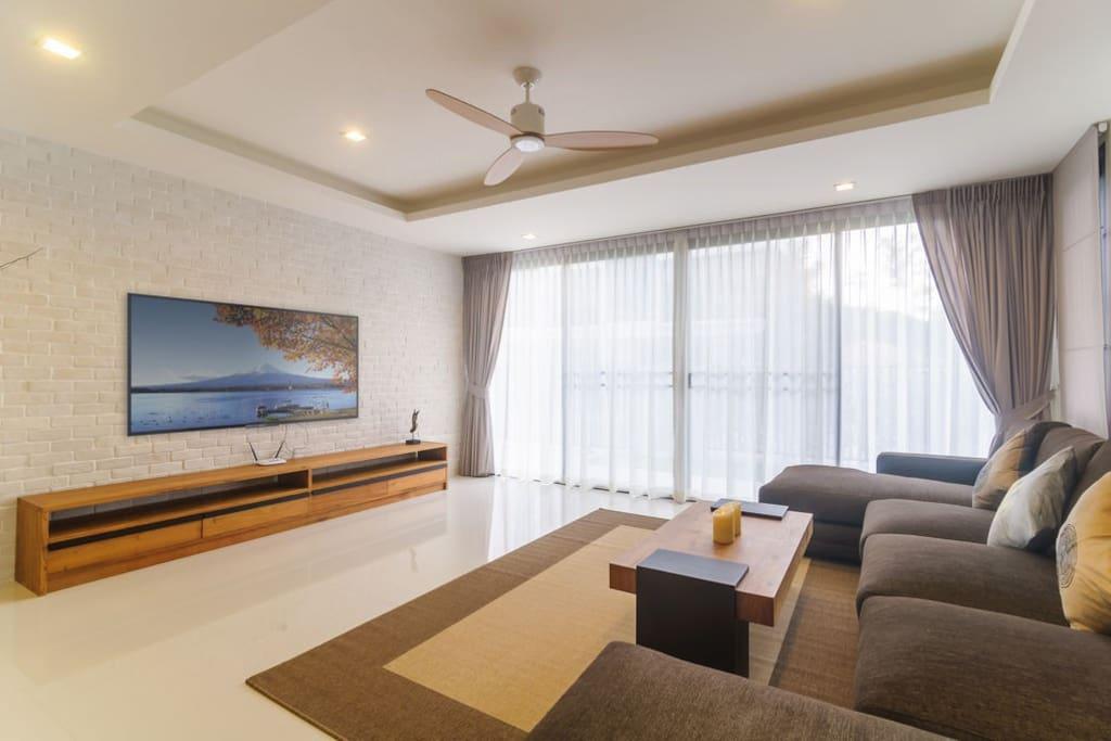 Living Room first Floor