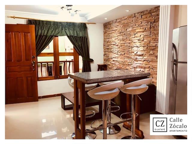 Hermoso y tradicional apartamento en Guatapé