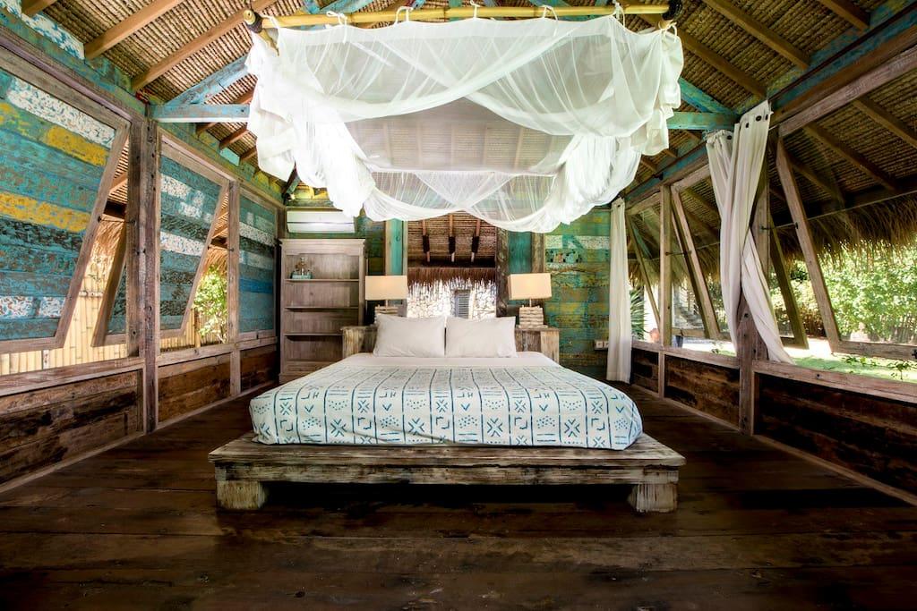Inside room (king size bed)