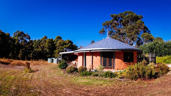 Birchfield Farmstay The Dome