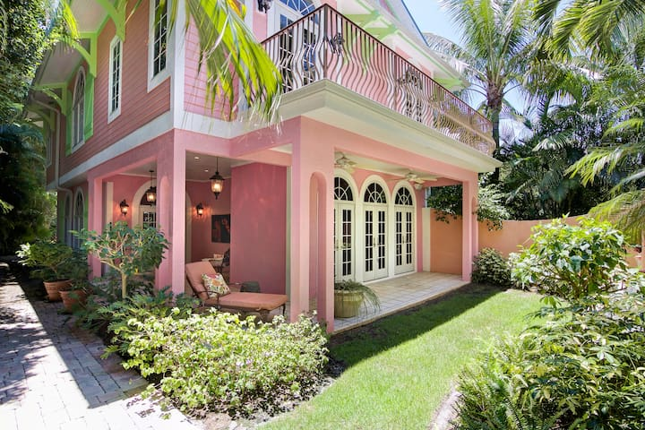 Waterfront Captiva with Private Dock and Pool - Captiva - Rumah