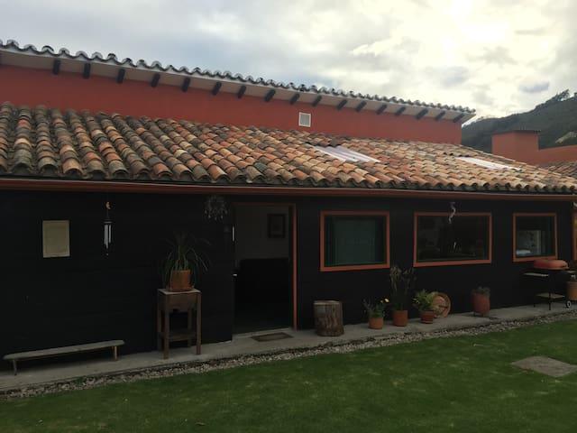Habitación en chalet campestre Cota - Cota - Chalé