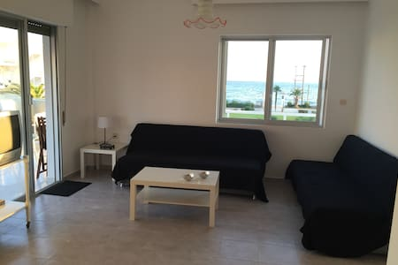 Seafront apartment in private complex - Χαλκιδικη - Huoneisto