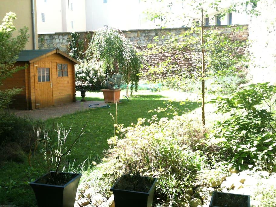 Jardin privatif 300 M²