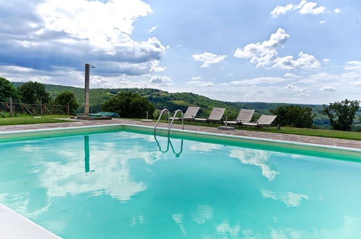 Chianti, Country house with pool  - Badia A Passignano - Apartment