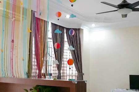 Triple Room at You Homestay 优民宿 - Ayer Keroh