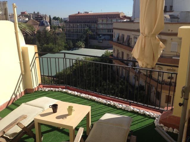 Penthouse + Wi-Fi + Metro in center - Valencia - Lejlighed