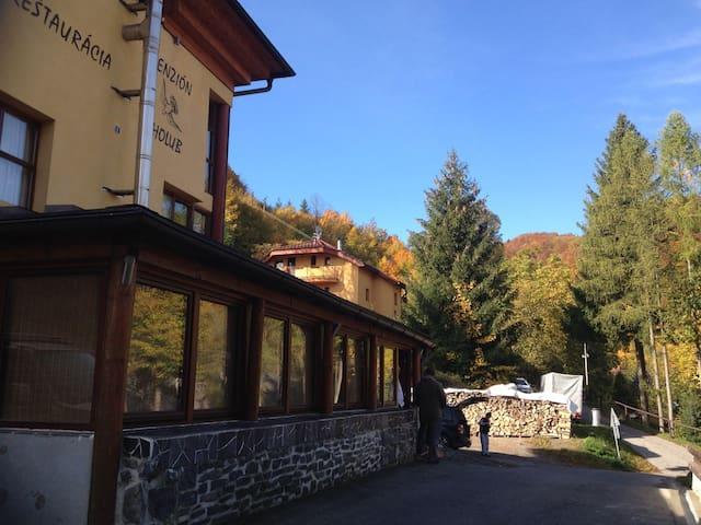 Apartment One - Penzión Holub