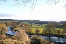 The River Nore as it flows on towards Inistioge through Thomastown.