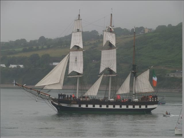 Dunbrody, now tied up in New Ross as she left Waterford in the Tall Ships. Well worth a visit.