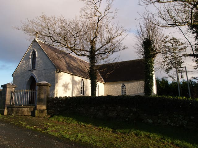 Mong Church about four miles outside Thomastown....