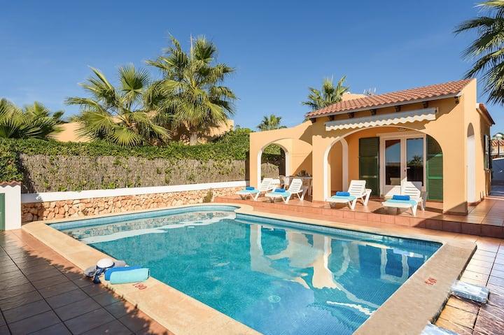Mango 3 bedroom villa, Cala'n Bosch