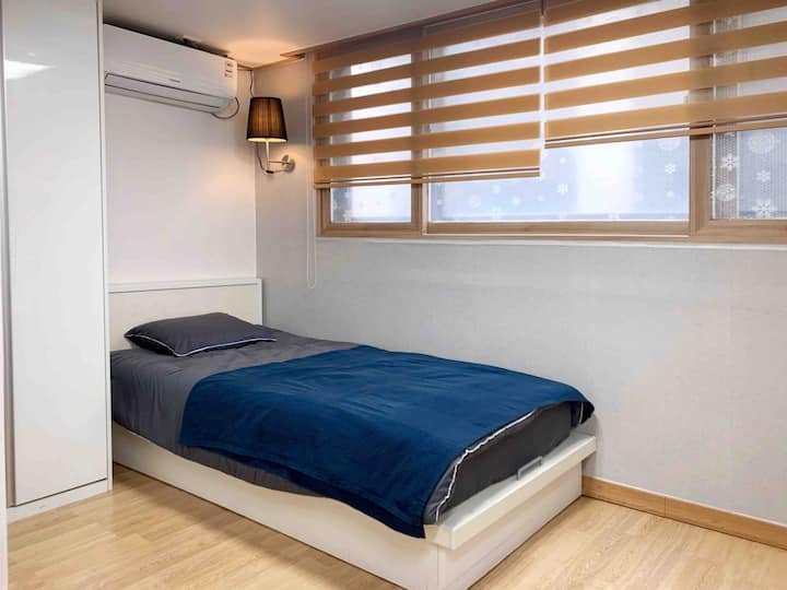 [F] Sinchon 1 SS Bed 풀옵 One Room | 세브란스 3분