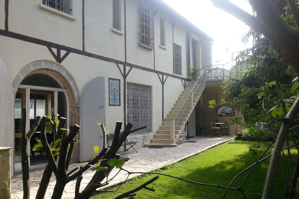 G te 8 15 pers avec jardin 500m maisons louer for Jardin noble val 2015