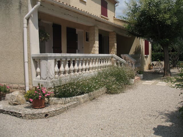 House in the heart of Provence - Saint-Andiol