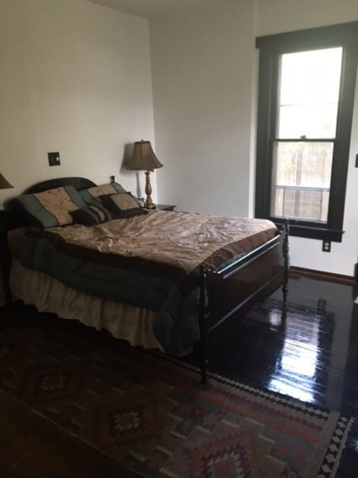 Double bed with really comfy memory foam mattress and pillows