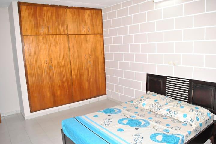 Charmant Studio avec Balcon - Abidjan - Apartamento