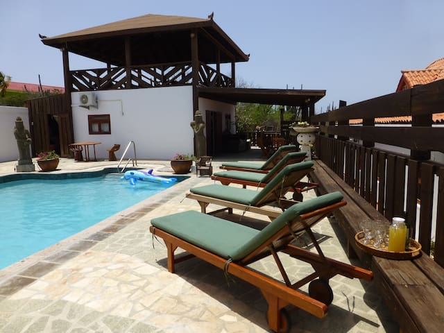 Suite with swimming pool in Aruba - Santa Cruz - Hus