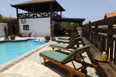 Suite with swimming pool in Aruba - Santa Cruz - Casa