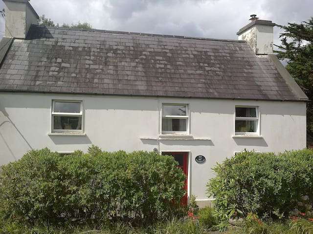 Cosy Cottage in Ardea,Tuosist - Kenmare