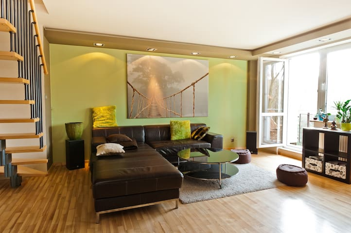 WARSAW, 90 m2 on 2 floors, nature  - Warsaw - Apartmen