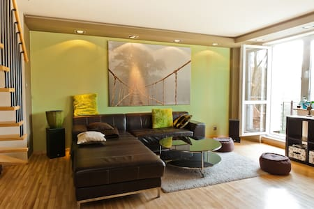 WARSAW, 90 m2 on 2 floors, nature  - Appartement