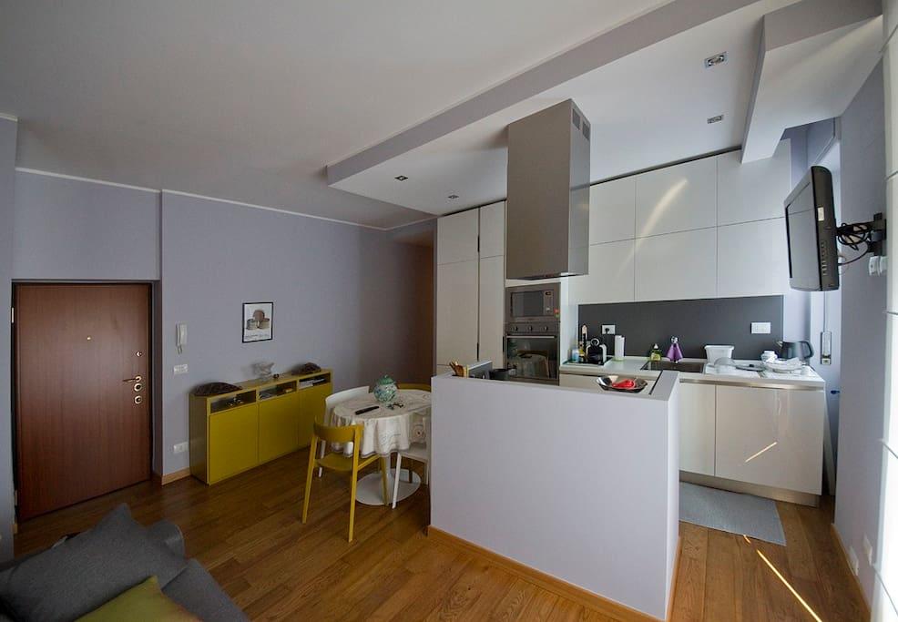 soggiorno con cucina a vista 3