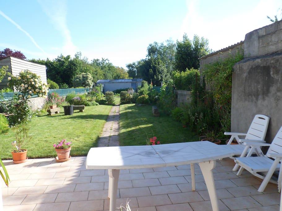 Maison de ville 120m2 tr s calme avec jardin houses for for Jardin 120m2