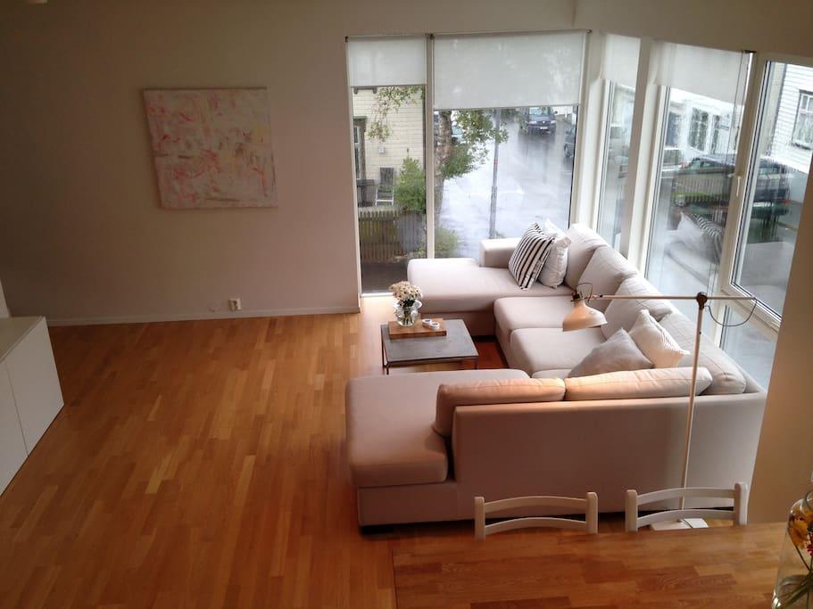 Downstairs livingroom