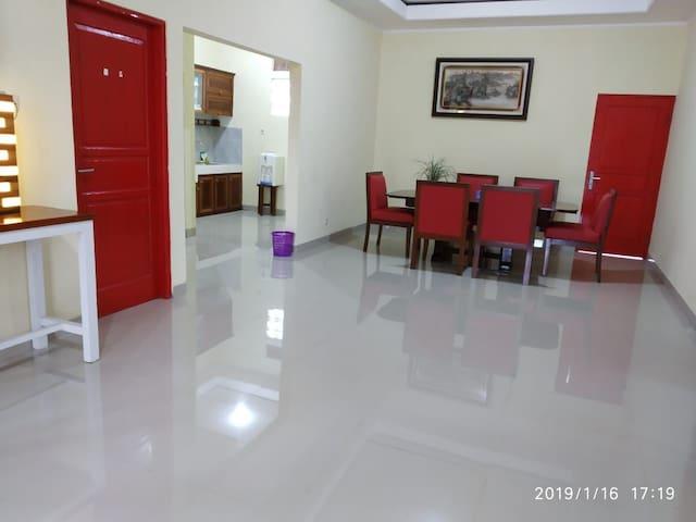 Villa pribadi curug nangka bogor kapastas 20 orang