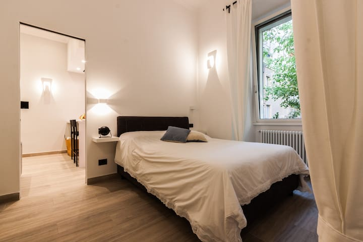 Domus Quiritum Suite, Vatican luxury apartment