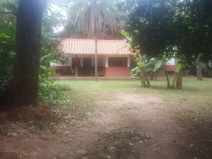 Country house near the airport (Casa de campo)