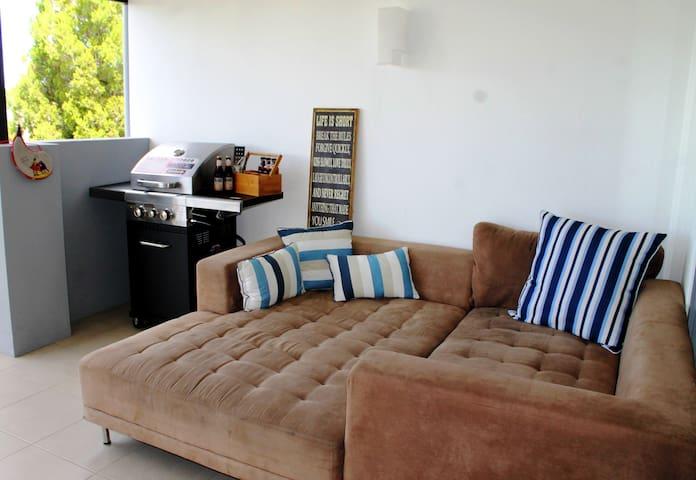 Havana's Nest - Private Room close to CBD - Gordon Park - Apartment
