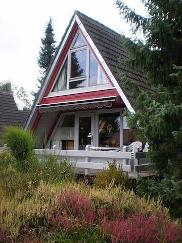 Ferienhaus-Nurdachhaus für 4Person - Schramberg-Tennenbronn - Huis